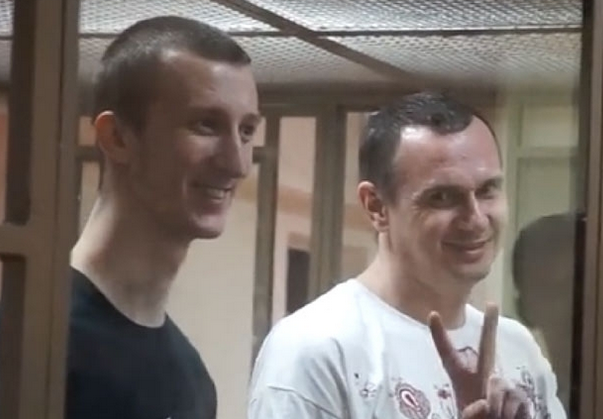 Oleksandr Kolchenko and Oleg Sentsov in court. Photo: RFE/RL